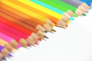 【デザイン基礎知識】色が持つ印象まとめ
